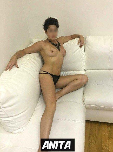 erotická masáž praha nahe sexy holky